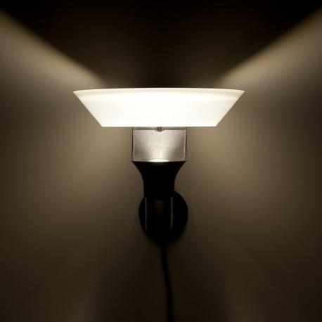Lunar 12V LED Plug & Play Garden Wall Light
