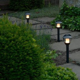 Laurus 12V Plug & Play LED Garden Post Light