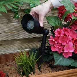 Focus 12V Plug & Play LED Garden Spotlight
