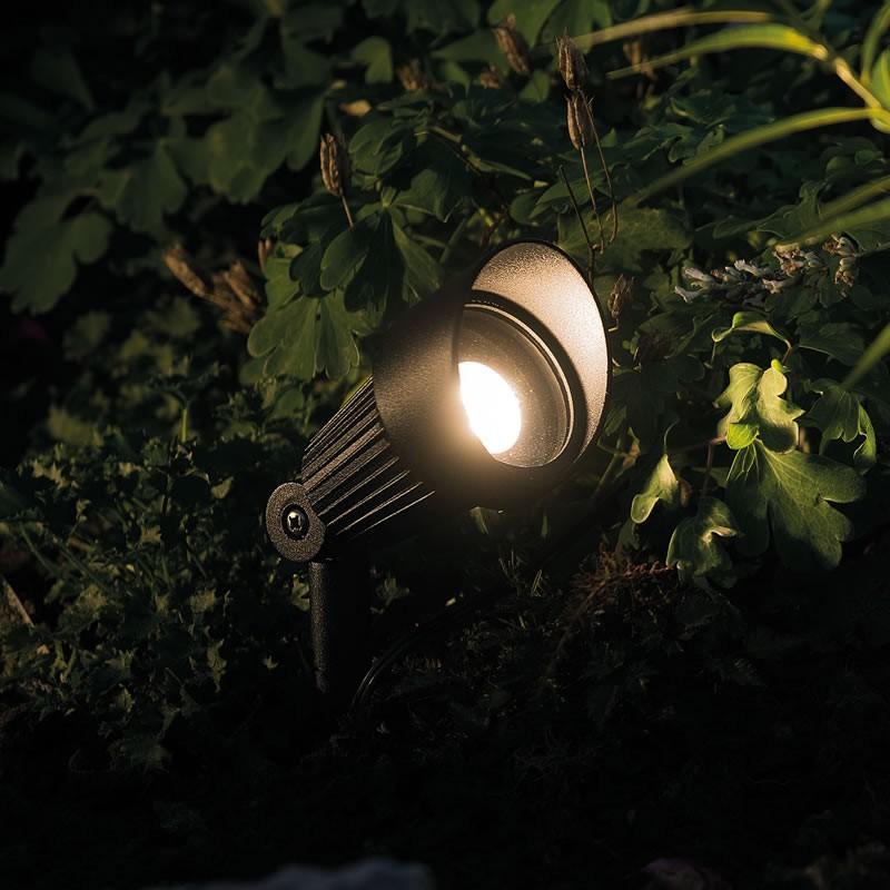 ... Focus Garden LED Post Light Kit