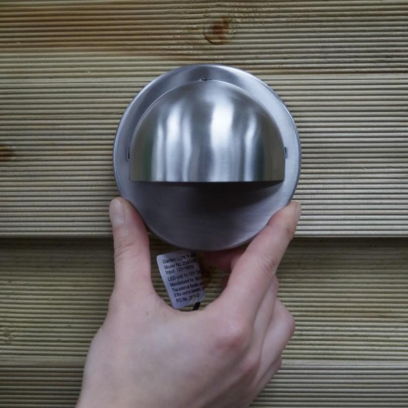 ... Palm 12V LED Garden Wall Light